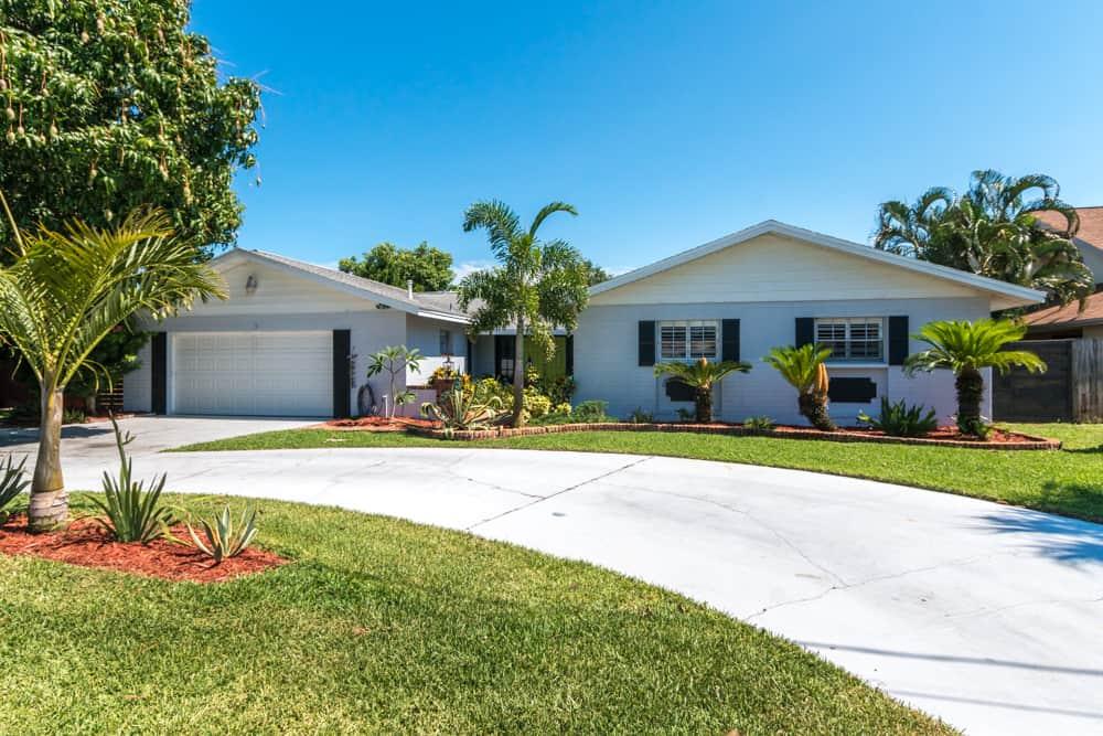 SOLD – 65 Granada Avenue, Merritt Island, FL 32952 – $378,000