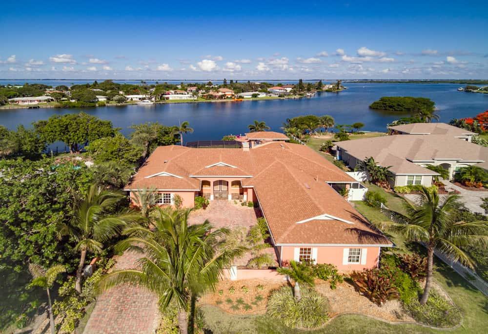 SOLD – 1432 Bay Shore Drive, Cocoa Beach, FL 32931 – $940,000